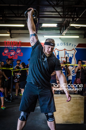 Denver event photography at Crossfit Cherry Creek's Triple Threat Competition | Crossfit Men's Open WOD 16