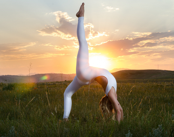 Beautiful Yoga Photography in Colorado of Denver Yoga Girl & Model Laura Kantwerk doing Wheel Pose | Denver Yoga Photographer