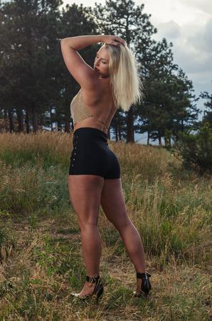 Sexy Fitness Photography of Fitness Model Rachel Pressler on top of Green Mountain | gocrazyrachel