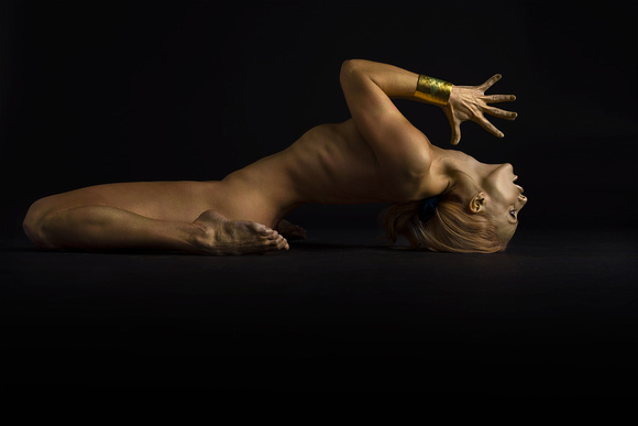 Mindful Jess Nude Yoga Fish Pose | Yoga Photography of Nude Yoga Girl in Gold Body Paint