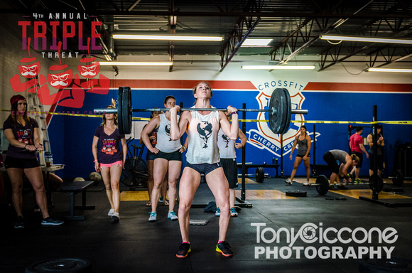 Denver fitness event photography of Crossfit Women in Denver, Colorado's Triple Threat Crossfit Event.